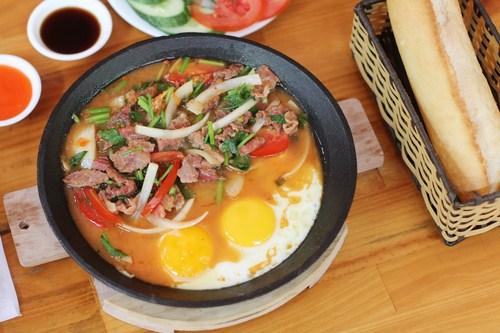 Bò lăn trứng